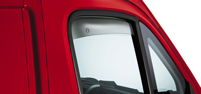 640x300 Wind deflectors for front side windows
